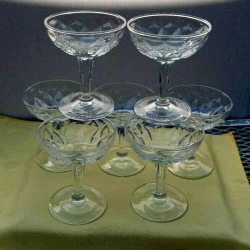 Set Of 7 Pressed Glass Champagne Glasses vintage clear star