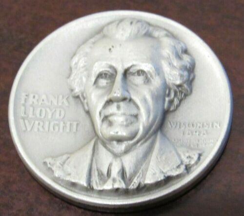 1967 Frank Lloyd Wright .999 Fine Silver Round 25 grams Wisconsin Wisc. WI MACO