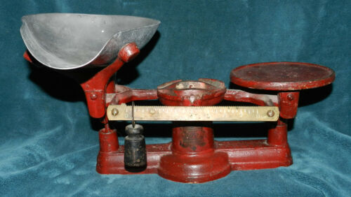 AWESOME ANTIQUE VINTAGE RED HOWE STORE SCALE!