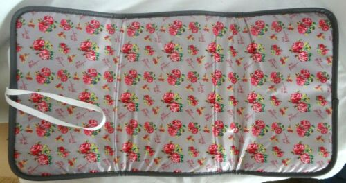 Betsey Johnson Baby Changing Pad Red Roses XOX Gray Silver Padded Quilted Back
