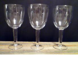 Large Wine Glasses x 12 NEW