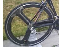 HED3 tri-spoke rear clincher