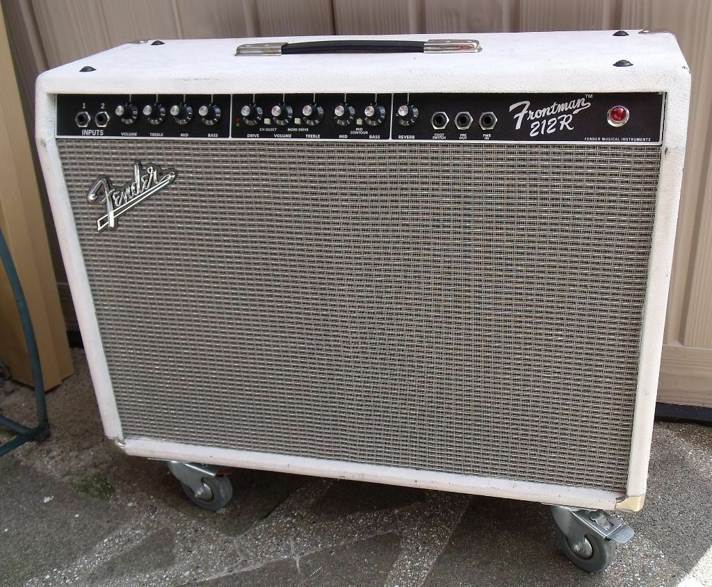 fender frontman 212r 100w 2x12 combo in good working condition in bromley london gumtree. Black Bedroom Furniture Sets. Home Design Ideas