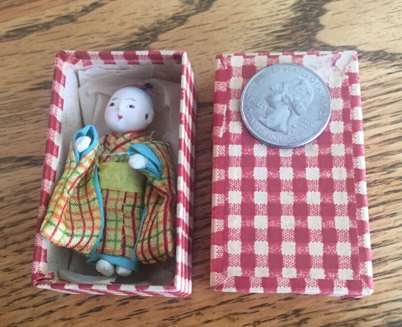 Vintage miniature 2 inch Chinese Robed doll in little covered box!