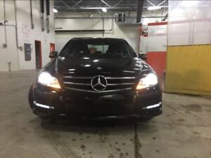 2014 Mercedes C300 4matic 105,000km auto