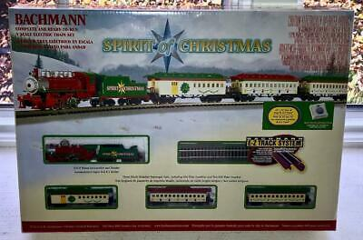 NEW BACHMANN SPIRIT OF CHRISTMAS TRAIN SET~N SCALE ELECTRIC RAILROAD~EZ TRACK