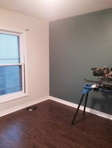 LARGE BEDROOM FOR RENT - CLOSE TO EVERYTHING