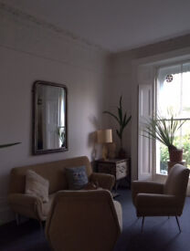 Double room to rent in stunning flat on Camden Road
