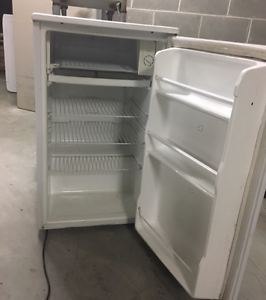 Bar fridge gr8 working condition Meadowbank Ryde Area Preview