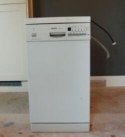 Bosch Slimline Dishwasher - Excellent Working Order