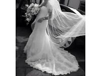 Beautiful Pronovias Hanover Wedding Dress size 12