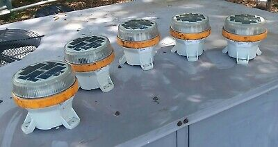 LOT OF 5 Carmanah M650 Yellow Solar LED Marine Navigational Lights w/o BATTERIES
