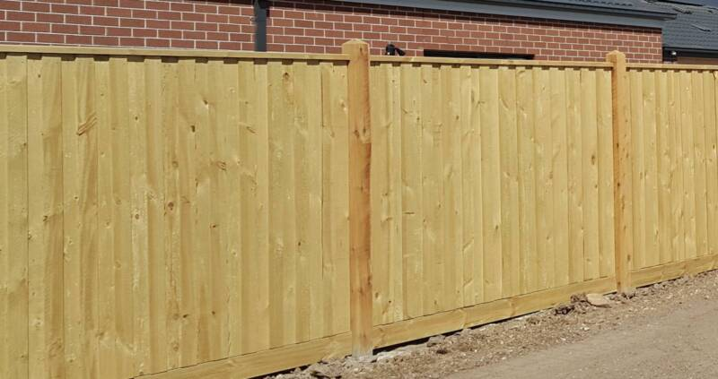 Double Paling Fence, Capping, Exposed Posts 125x125mm $108&