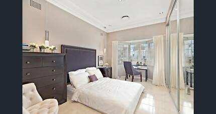 Refreshed Room in a brick house 7-10 mins to station, female only