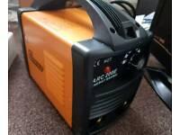 WELDER 200 AMP BRAND NEW BOXED