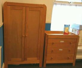Mamas & Papas lovely solid wood child's bedroom set