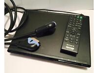 Sony CD/DVD Player (DVP-SR170)