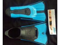 Kids Cressi Light Swimming Fins/Flippers size 12-13 (31-32)