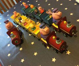 Peppa pig grandad / grandpa trains x 3 plus passengers