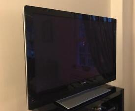 """Pioneer 43"""" TV"""