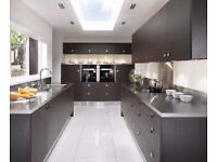 NEW Fitted Kitchen inc Worktop £1295.00 12 unit package