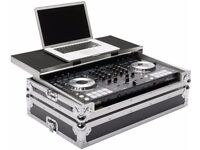 Pioneer DJ SX in Magma workstation flight case in excellent condition. All manuals and CD available