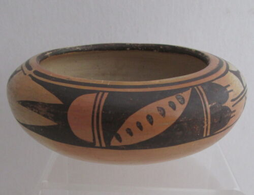 OLD HOPI PUEBLO POTTERY BOWL, 6 1/4 X 2 5/8 inches