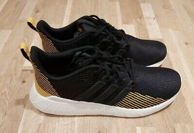 Adidas Questar Flow Mens Trainers UK 10  RRP £64.95 Blk/gold