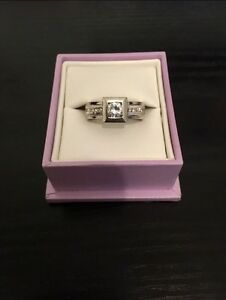 Beautifully Unique Diamond Ring - or best offer