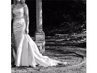 La Spode Fanal wedding dress