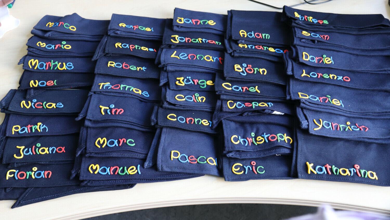 Restposten Halstuch blau mit Namen für Kinder Baby - Dreieckstuch Jungen