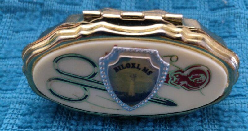 Vintage Mini Sewing Kit Pill Box Trinket Souvenir Kit Biloxi, MS  unused