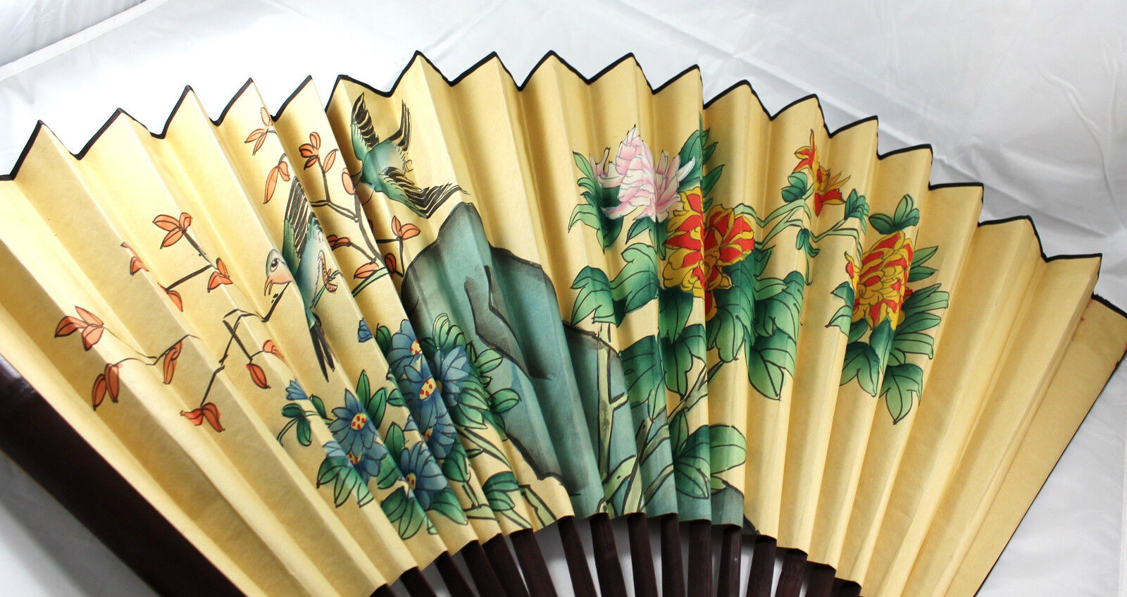 VINTAGE ORIENTAL YELLOW Japanese or Chinese Bamboo Wall FAN Flowers ...