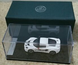 LOTUS EXIGE S MODELV6 SUPERCHARGED PEARL WHITE - very rare and in this condition!!!