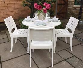 Beautiful Vintage White Round Dining Table & 4 Chairs