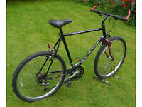 """Raleigh Outland gents mountain bike, large 22"""" frame, 18 gears, 26"""" wheels"""