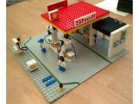 Vintage LEGO Shell Petrol Station Set 6378