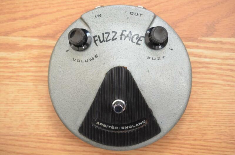 Dallas Arbiter Fuzz Face Original Vintage Guitar Effects Pedal - Red Dot NKT275