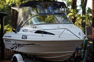 Stunning Haines Breeze 470 (90hp) Parkerville Mundaring Area Preview