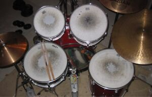 Ludwig Rocker 5 pc drum kit with cymbals and hardware