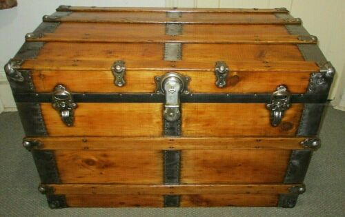 ANTIQUE STEAMER TRUNK LARGE CLEAN VINTAGE VICTORIAN FLAT TOP CHEST W/KEY C1895
