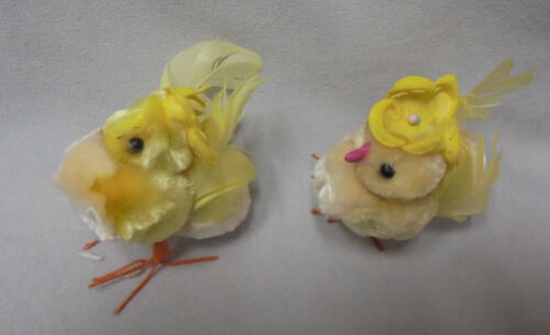 "Vintage Easter Chicks, Chenille Cotton Hat, Feather Flowers, Wire, 2.25""x2.5"" #5"