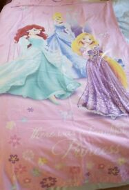 Princess duvet/quilt cover. VGC, from a smoke free and pet free home. Collection only