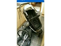 Travel system and maxi cosi baby carrier all compatible