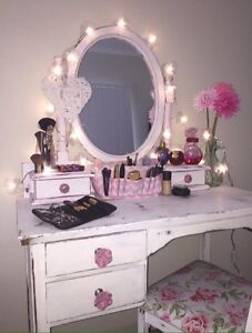 Make up desk Springfield Lakes Ipswich City Preview