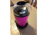Popcorn and cupcakes maker