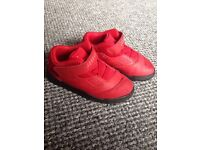 Worn once size 9.5 red jordans with box
