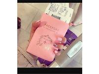 Glamorous female travel buddy(s) wanted!