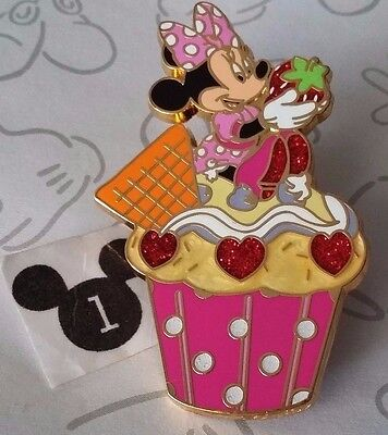 Minnie Mouse Holding a Strawberry Cupcakes Disneyland Paris Booster Disney Pin