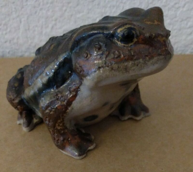Vintage Ceramic Pottery Toad Frog Lifelike Realistic Made in Japan 5""
